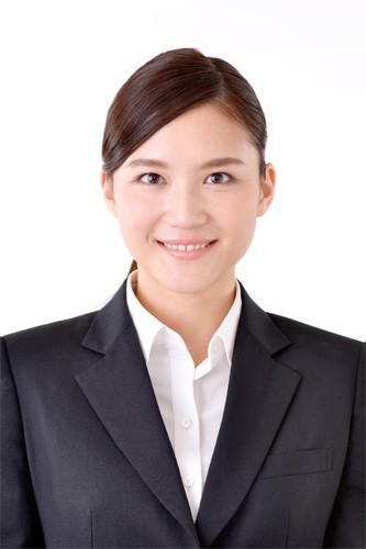 女性のビジネスプロフィール写真